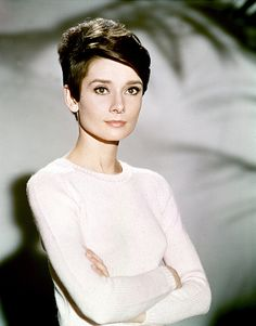 Pixie Cropped - Audrey Hepburn - I didn't remember she had sported a pixie haircut......