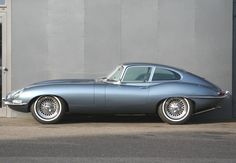 Jaguar E-Type S1 3,8l Coupé Opalescent silver blue