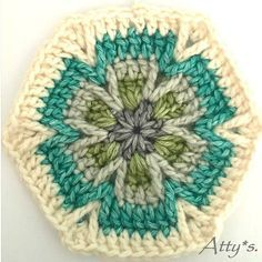 Mesmerize Hexagon Motif Crochet pattern by Atty*s – Granny Square Motifs Granny Square, Crochet Motifs, Crochet Quilt, Granny Square Crochet Pattern, Crochet Blocks, Crochet Squares, Crochet Stitches, Crochet Patterns, Crochet Hexagon Blanket