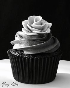 black and white cupcake
