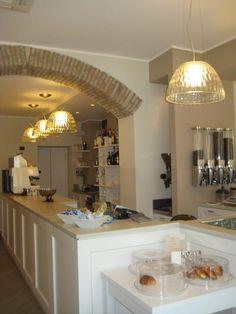 Bar Italia Bar, Lighting, Kitchen, Table, Furniture, Home Decor, Italia, Cooking, Decoration Home