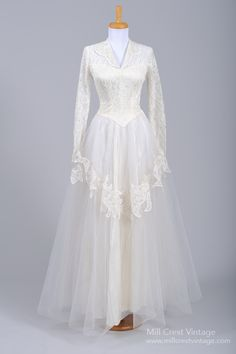 1940's Grace Kelly Style Lace  Tulle Vintage Wedding Gown : Mill Crest Vintage