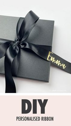 Creative Gift Wrapping, Wrapping Paper Ideas, Gift Wrapping Ideas For Birthdays, Creative Gift Packaging, Gift Wrapping Tutorial, Elegant Gift Wrapping, Birthday Gift Wrapping, Birthday Gift Bags, Wedding Gift Wrapping