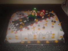 meine Super Mario & Luiggi Fondant Torte