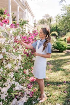 Gal Meets Glam One White Linen Dress Styled Three Ways - Theory Dress, Theory Jacket, Theory Shirt, Theory Bag c/o Cool Summer Outfits, Spring Outfits, Style Personnel, White Linen Dresses, Gal Meets Glam, Spring Summer Fashion, Spring Style, Hot, Nice Dresses