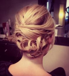 Blonde classic up-do