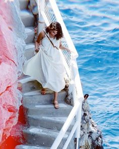 Selena gomez in paris❤ Selena Gomez Fotos, Selena Gomez Style, Marie Gomez, Celebs, Celebrities, Capri, Pretty, Princess Fashion, Italy