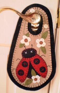 Hooked penny rugs | LADY BUG Penny Rug Door Knob Hanger Instant Download