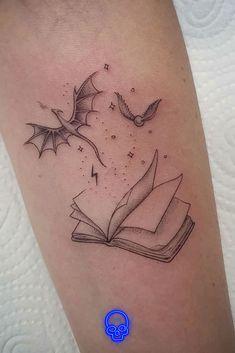 Small Dragon Tattoos, Dragon Tattoo For Women, Small Tattoos, Bookish Tattoos, Literary Tattoos, Mini Tattoos, Body Art Tattoos, Tatoos, Tiny Harry Potter Tattoos