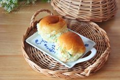 모닝빵샌드위치 감자샐러드 듬뿍 : 네이버 블로그 Pulled Pork, Hamburger, Bread, Ethnic Recipes, Food, Shredded Pork, Brot, Essen, Baking