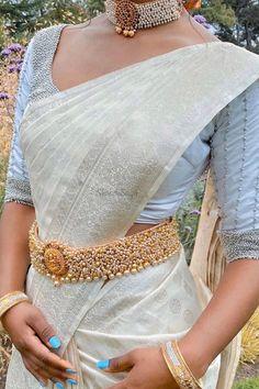 Bridal Sarees South Indian, Indian Bridal, South Indian Bride Jewellery, Indian Jewelry, Bridal Blouse Designs, Saree Blouse Designs, Blouse Styles, Indian Designer Outfits, Indian Outfits