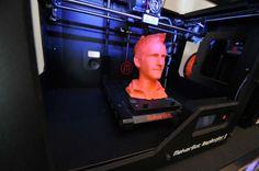Le Fabshop : impression 3D dans un magasin éphémère au BHV (Paris).