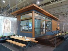 Sustain Design Studio Packs Serious Functionality into 480 Square Foot Solo 40 Tiny House Living, Small Living, Design Innovation, Modern Prefab Homes, Modern Cabins, Interior Design Shows, Interior Modern, Modern Shed, Little Houses