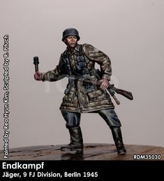 A single resin figure in 1/35 scale from Rado Miniatures. Click on the pic for more details and FREE worldwide shipping on all orders of $90 or more Rado, Resin, Scale, Miniatures, Free, Weighing Scale, Libra, Balance Sheet, Ladder