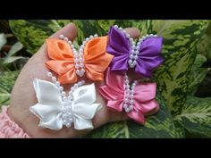 DIY How to Make Butterfies from Ribbon How To Make Butterfly, Diy Butterfly, How To Make Bows, Hair Ribbons, Diy Hair Bows, Diy Bow, Ribbon Art, Ribbon Bows, Cloth Flowers