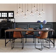 120 Simple and Elegant Bedroom Lamp Installation on Budget Lustre Industrial, Design Industrial, Industrial Dining, Dining Room Inspiration, Interior Inspiration, Inspiration Design, Leather Dining Chairs, Rattan Chairs, Dining Room Lighting