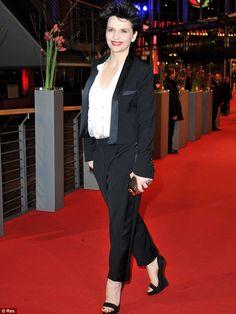 Juliette Binoche rocking her tuxedo