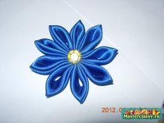 Канзаши. Заколка Синий цветок