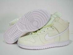 Nike Dunks High Glow in the Dark Halloween Edition White High Shoes, High Top Sneakers, Sneakers Nike, Michael Jordan Shoes, Air Jordan Shoes, New Jordans Shoes, Air Jordans, White P, Nike Dunks
