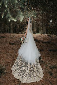 birmingham-wedding-photography-bridal-portraits-two-piece-dress-lace-tulle-sutton-coldfield-silk-bouquet