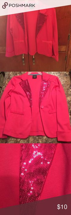 ⚡️SALE⚡️Girls pink blazer Blazer is pink with sequins. Blazer has two pretend pockets and one button for fastener and cuffed sleeves. Blazer size 6/6x. Has been worn in good condition Jackets & Coats Blazers