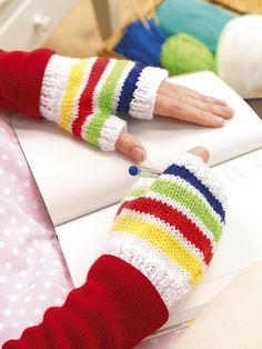 Ravelry: Simple Mitts pattern by Amanda Berry