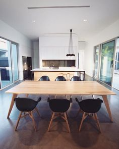 Dinning Table, Conference Room, Furniture, Home Decor, Meeting Rooms, Interior Design, Home Interior Design, Arredamento, Home Decoration