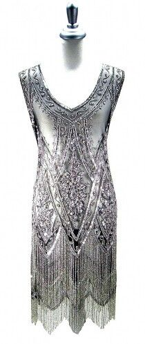 Leluxe Beaded Mesh Flapper Gatsby Charleston Gown Silver on Black L XL 20s Fashion, Fashion History, Look Fashion, High Fashion, Vintage Fashion, Estilo Gatsby, Vintage Dresses, Vintage Outfits, Vintage Clothing