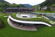 View full picture gallery of SPA Grand Hotel Alpenroyal ***** 🏨 Hotel photos Landscape Architecture Design, Green Architecture, Landscape Plans, Concept Architecture, School Architecture, Sustainable Architecture, Amazing Architecture, Grand Hotel, Building Design