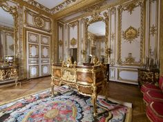 Louis Xiv, Versailles, Renaissance, Large Tapestries, The Royal Collection, Parquet Flooring, Marquetry, French Furniture, Cabinet Makers