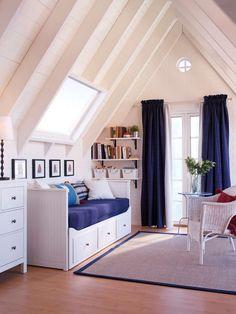 structure divan blanche avec trois tiroirs Hemnes Ikea