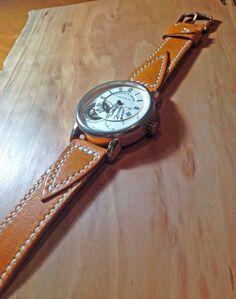 Ремешок для часов из кожи растительного дубления. Сделан и прошит вручную.