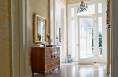 WALLPAPER!! The Glam Pad: The 19th-Century New Orleans Home of Jane Scott Hodges, Leontine Linens