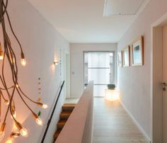 Flur Obergeschoss - Einrichtungsideen Stadtvilla Flensburg ECO-Massivhaus.jpg