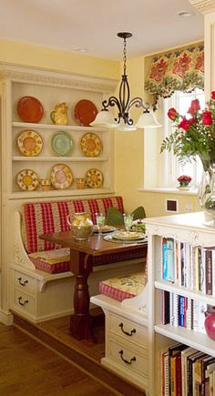 Built in Bench and Hutch for backside of table --- I love this!