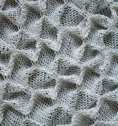mina yttäckande mönster. Pamela Cruze - tuck every 15 rows and about every 10-12 stitches for this sample