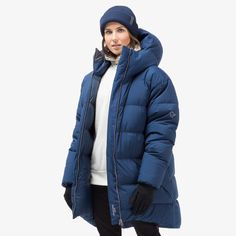 The limited edition oslo duvet jacket for women will launch in This down jacket is big, ultra warm and stylish, giving you comfort in cold temperatures Oslo, Duvet, Jackets For Women, Winter Jackets, Product Launch, Stylish, Fashion, Down Comforter, Cardigan Sweaters For Women