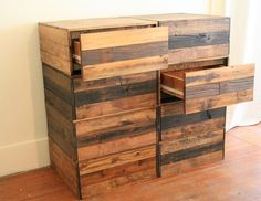 this!  this!  how do we make this?  it's just out of pallets!