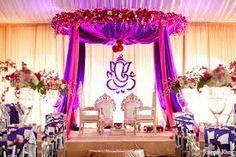 Resultado de imagen para bright violet wedding decor
