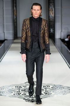 Joshua Kane unveiled his Fall/Winter 2016 collection during London Collections Men.