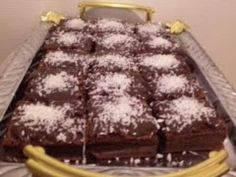 Prajitura ciocolatoasa Romanian Desserts, Sweet Memories, Sweet Treats, Cake, Sweets, Candy, Kuchen, Torte, Cookies