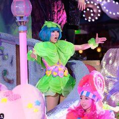 驚き顔になっちゃった しあわせの精さん   #しあわせの精  #ピューロフェアリーズ #ピューロアンバサダー  #miraclegiftparade #ミラクルギフトパレード #puroland #ピューロランド #ピューロランドダンサー  #ピューロダンサー   #kawaii #冬ピューロ  #puro25th  撮影:2016.11.23  #黒田亜澄 さん Dec 12, Sanrio, Harajuku, Kawaii, Costumes, Instagram Posts, Style, Fashion, Swag