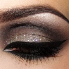 subtle glitter smokey eye