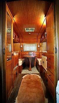 My kind of trailer Image, awesome interior Vintage Travel Trailers Vintage Campers Trailers, Retro Campers, Airstream Trailers, Happy Campers, Airstream Remodel, Tiny Trailers, Rv Trailer, Vintage Caravans, Teardrop Trailer