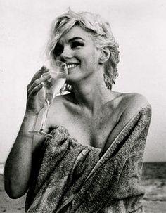 Marilyn Monroe by a.heart.17, via Flickr