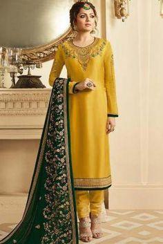 Eid Dresses, Pakistani Dresses, Indian Dresses, Girls Dresses, Fashion Dresses, Stylish Dresses, Dress Outfits, Sharara Suit, Churidar Suits