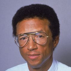 Arthur Ashe is the first African American to win the men's singles at Wimbledon and the U. Open, and the first black American to be ranked No. 1 in the world. Arthur Ashe, American Athletes, American Sports, American Art, Aids Awareness, Professional Tennis Players, Sport Icon, My Black Is Beautiful, Beautiful People