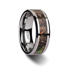 OVERGROWTH Realistic Tree Camo Tungsten Carbide Wedding Band with Green Leaves - 8mm