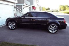 Chrysler 300 with 22 Inch Rims Find the Classic Rims of Your Dreams - www.allcarwheels.com