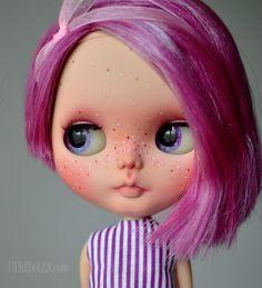 Plum (OOAK Custom Blythe doll) Prima Dolly Violet